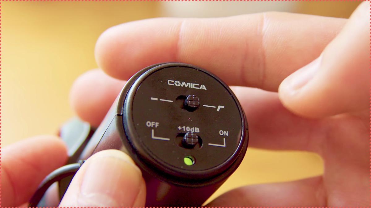 本体背面にはゲイン調整やローカットフィルターのためのスイッチで音質の調整が可能。